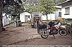 1991_ZAMBIA_unsafe, dangerous border to Mozambique_escorted by travellers from Denmark (motorbike) and Switzerland (Landrover)